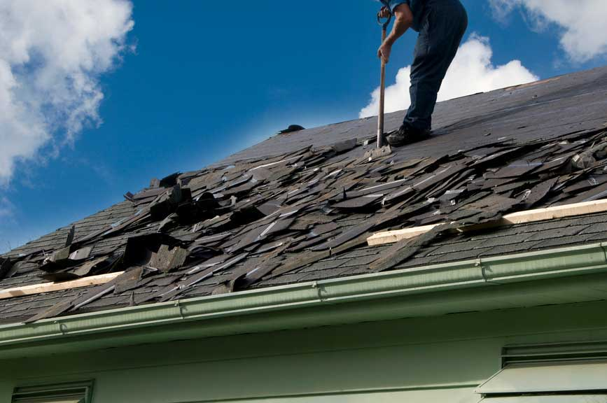 5 Reasons Why Roof Repairs Should Be Left to Roof Specialists