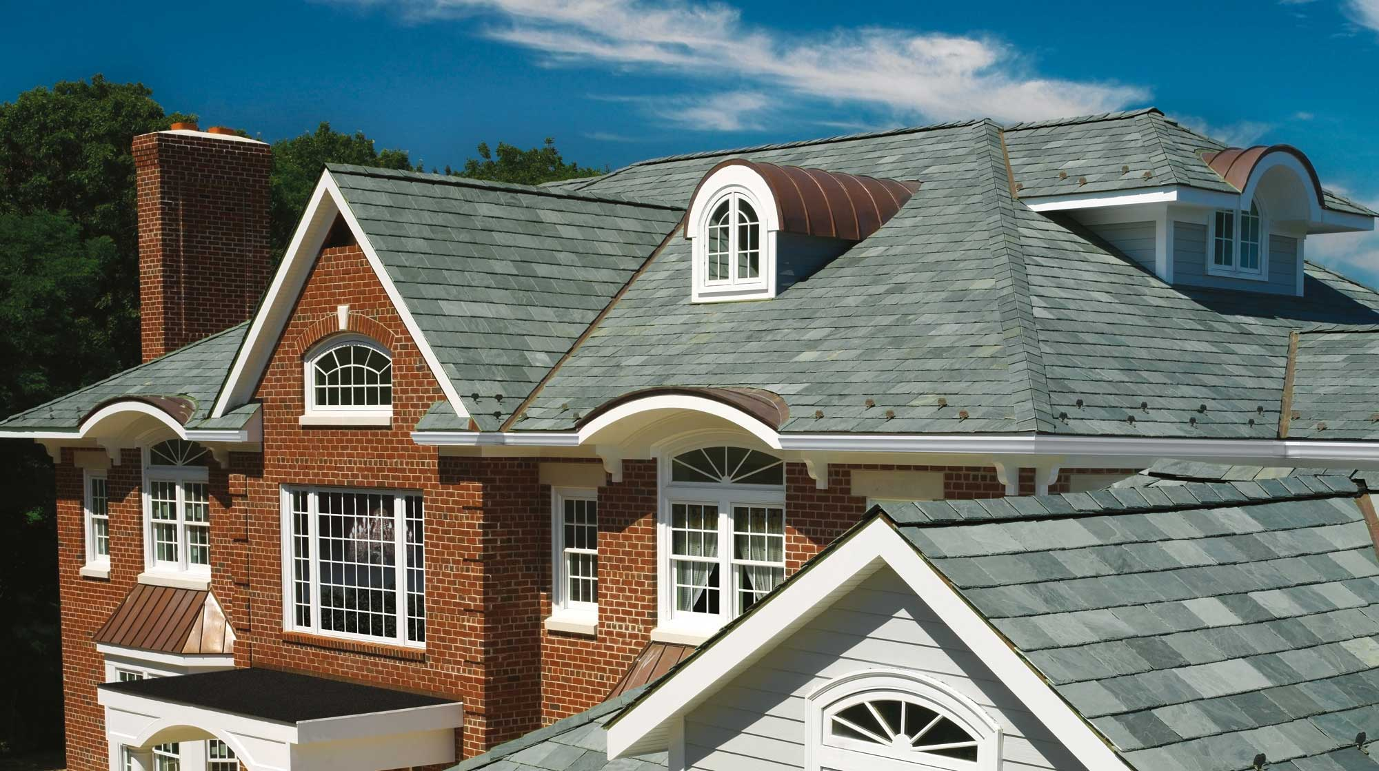 4 Reasons to Hire an Experienced Slate Roofing Contractor