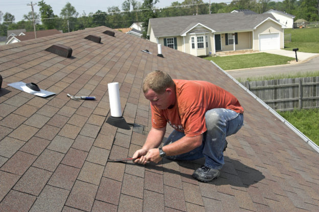 4 Benefits of Hiring a GAF Roofing Contractor