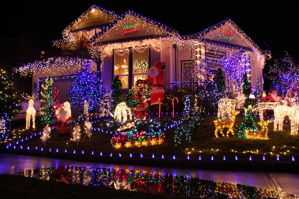 Hanging Seasonal Decorations: Be Careful on Your Roof!