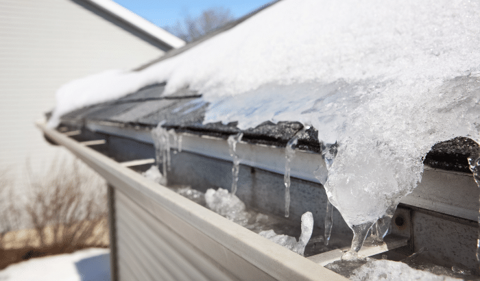 5 Tips to Protect Your Flat Roof from Snow Damage